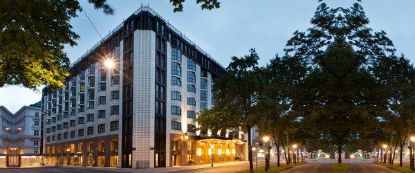 维也纳广场希尔顿酒店